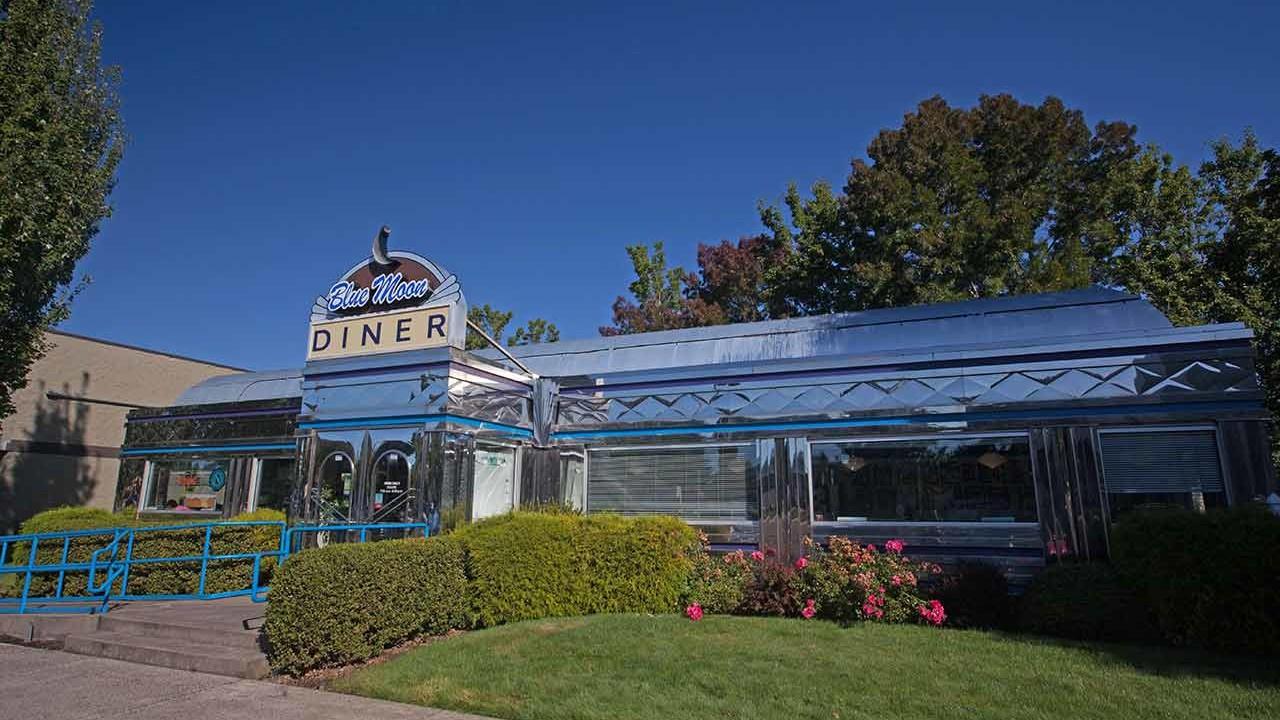 Aloha blue moon diner