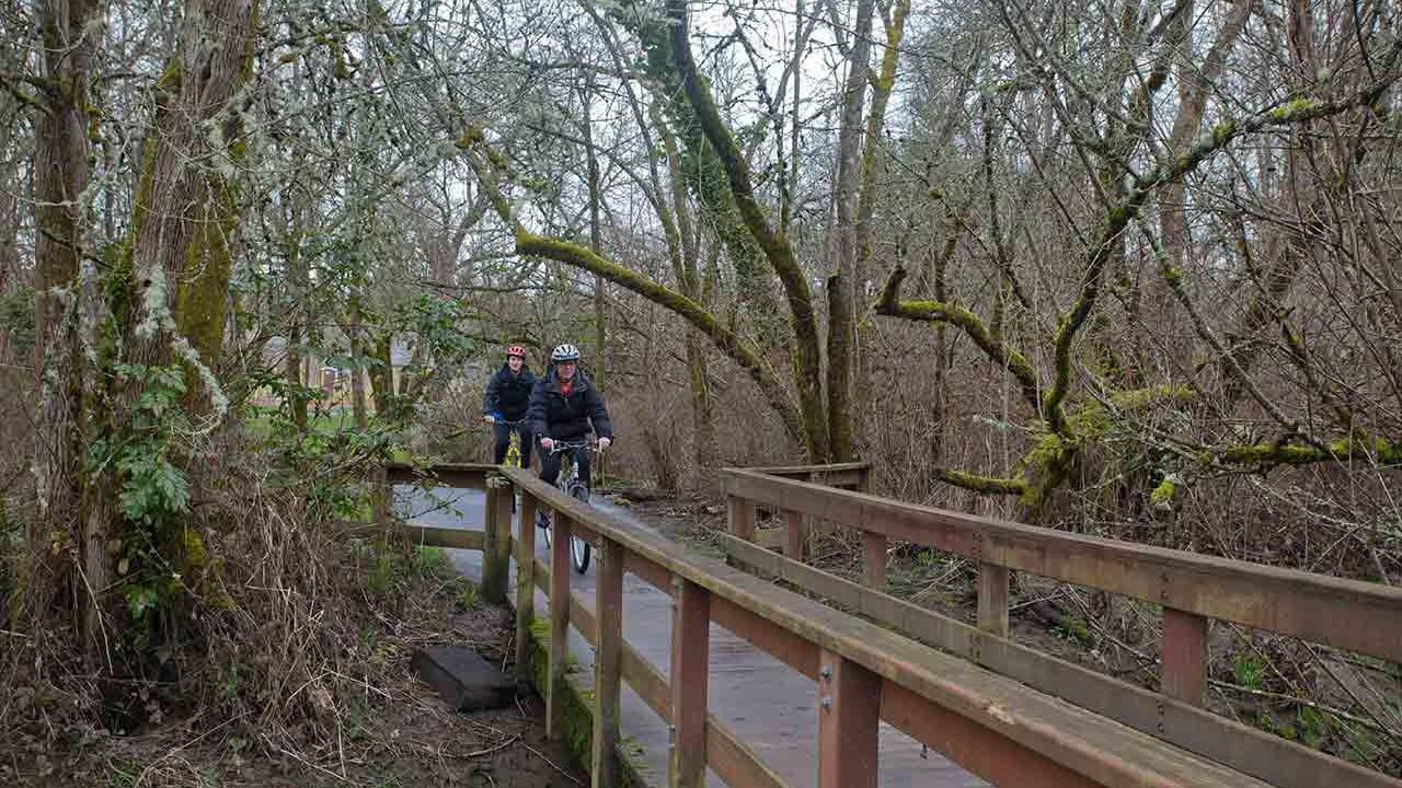 Bicycling Fanno Creek