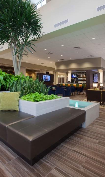 Lobby Embassy Suites Hillsboro