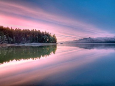 Winter Sunrise Hagg Lake CREDIT-B.-Streicher