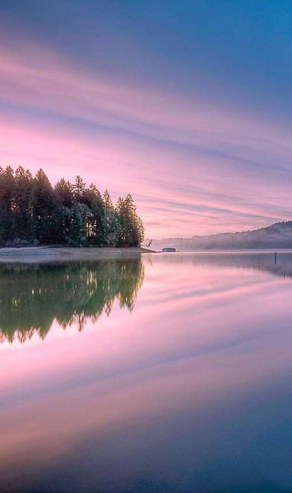 Winter Sunrise Hagg Lake CREDIT-B.-Streicher