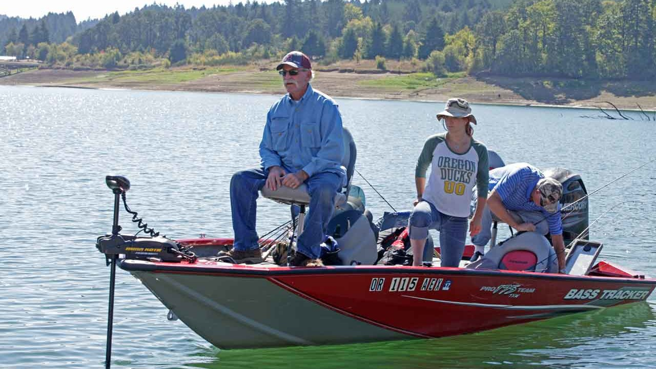 Fishing near portland or top lakes ponds for Nearest fishing lake