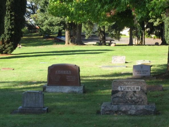 Pioneer_Cemetery_resized