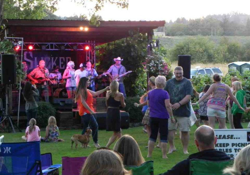 Toast to the Tunes at Oak Knoll Winery