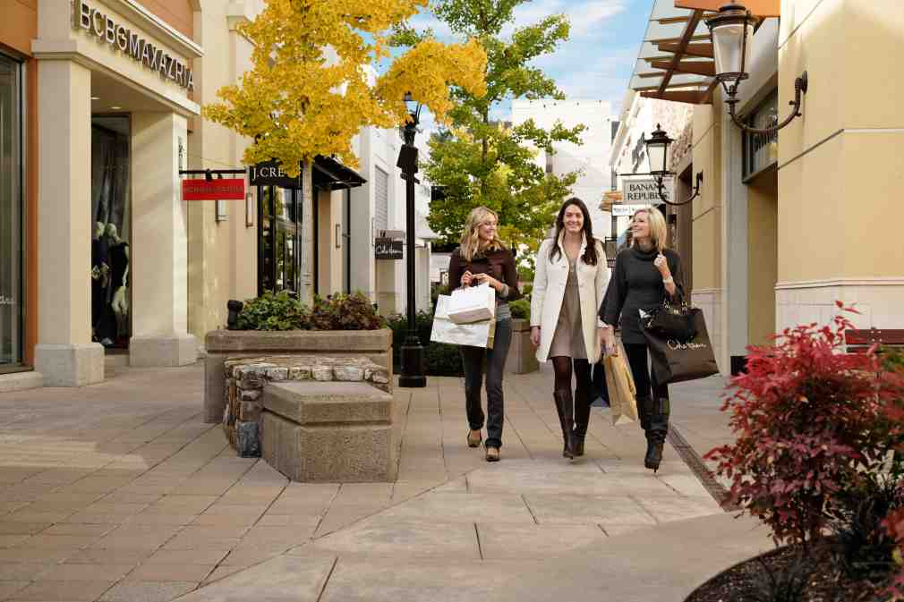 tax-free shopping centers near Portland