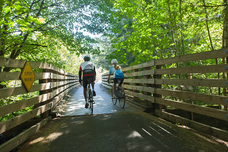Cycling Banks-Vernonia State Trail in the Tualatin Valley